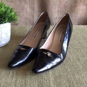 Manolo Blahnik Black Leather Heels Sz 40.5